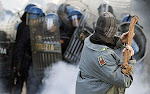 ITALY: VIOLENCE ERUPTS AS BERLUSCONI GETS A VOTE OF CONFIDENCE, 14/12