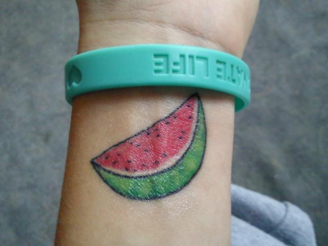 50 фото тату надписи на руке - татуировки для мужчин на руке надписи