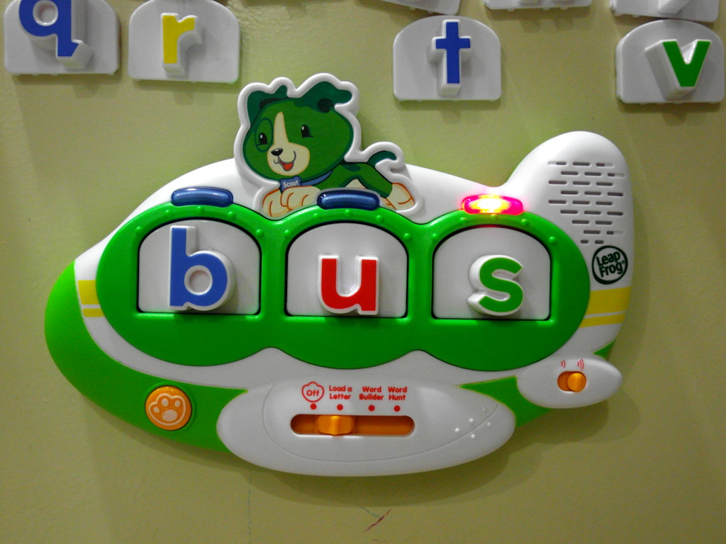 Leapfrog Three Letter Words Our Precious Babies Yx And Je Leapfrog Fridge Words