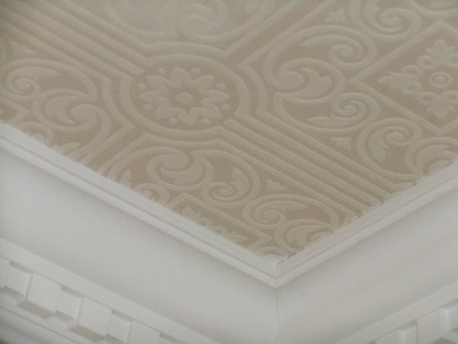 Suburban retreat wallpapering a ceiling for Ceiling wallpaper