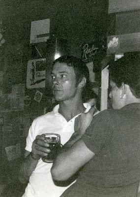 Randy Cozens en 1980, viendo a los Small Hours