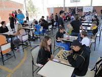 Escola Cléo dos Santos = II Etapa de Xadrez