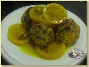Chiftele cu sos de lamaie si curcum