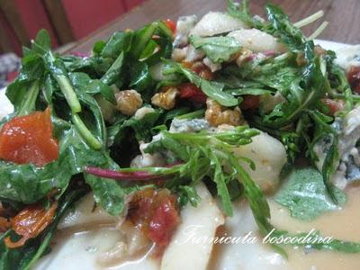 Salata cu rosii uscate si dressing de grepfruit