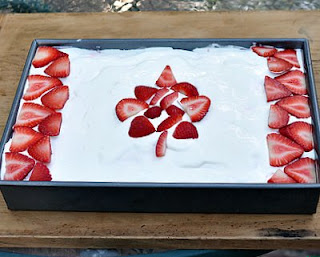 Canadian Flag Cake by Kitchen Parade
