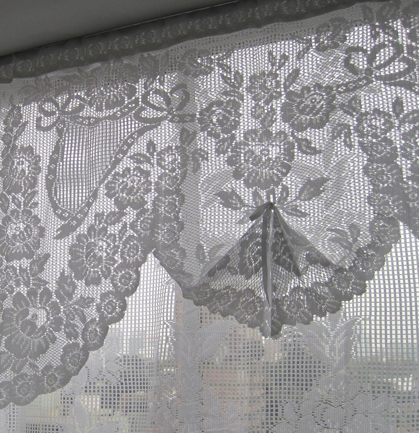 Atelier de charo arreglando cortinas fixing curtains - Cortinas ya hechas ...