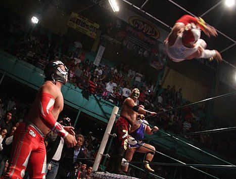 Mistico vs Volador Jr