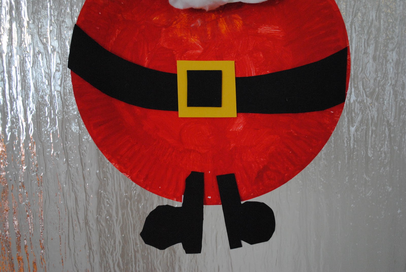 Kid Craft Friday- Paper Plate Santa tutorial kid crafts & Kid Craft Friday- Paper Plate Santa - Beatnik Kids