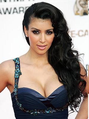 Kardashian Silver Paint on World Info  Kim Kardashian Silver Paint