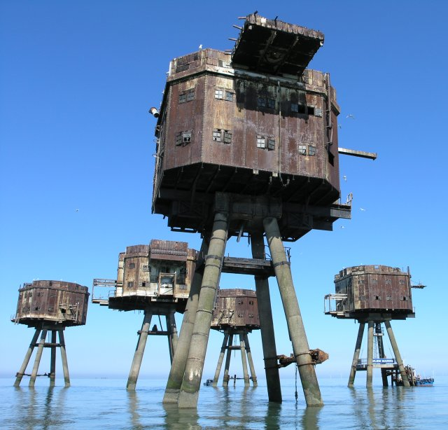 Maunsell abandoned Army Sea Forts, Red ...