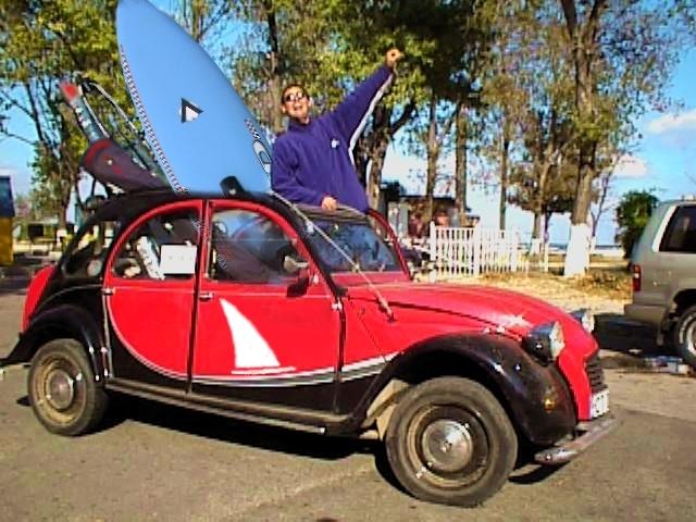 atentie ! windsurfingul  e sport extrem si poate provoca accidente grave sau deces !