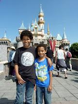 Top 5 Reasons Disneyland' Awesome Halloween Los