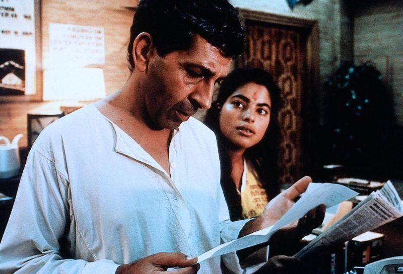 relationships in mississippi masala and persuasion Unlike spike lee's jungle fever last year, mira nair's interracial love story, mississippi masala, is not a black-and-white affair here the protagonists are demetrius, a black man who cleans.