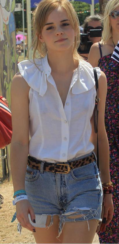 emma watson casual. Emma Watson in casual dress