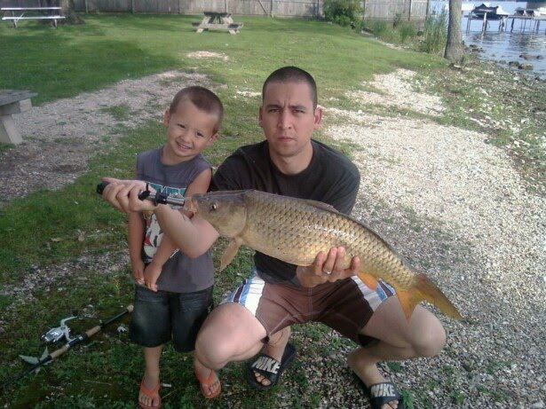Illinois wisconsin fishing carp fishing fox chain of for Fishing lakes in illinois