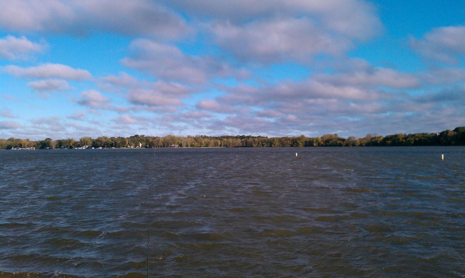Illinois wisconsin fishing multi species fishing fox for Fishing lakes in illinois