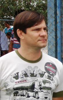 Professor Eder Olinski Farias