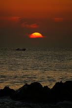 Pescadores ao pôr do sol, Foz do rio Douro