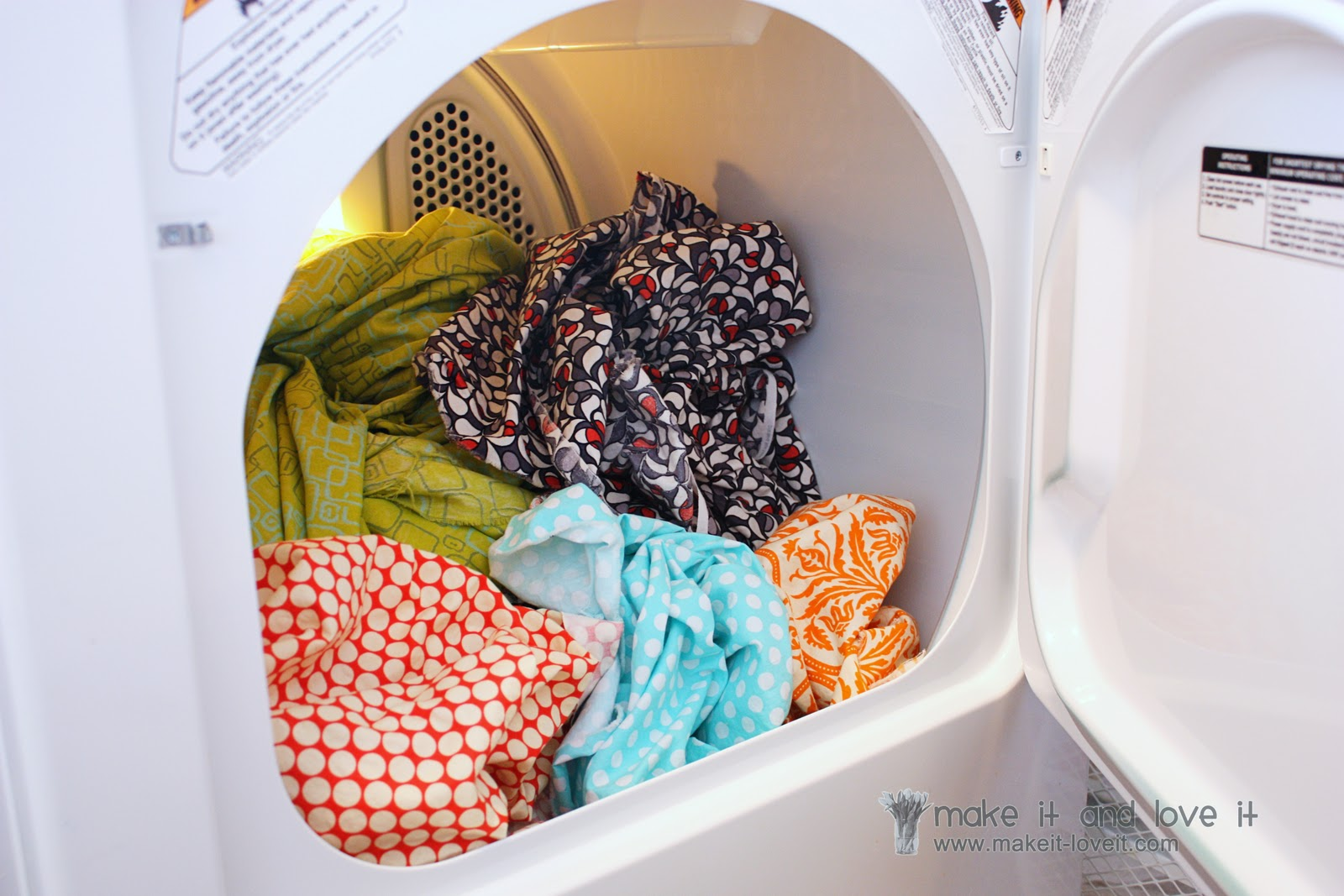 Does washing clothes before wearing them make them shrink?