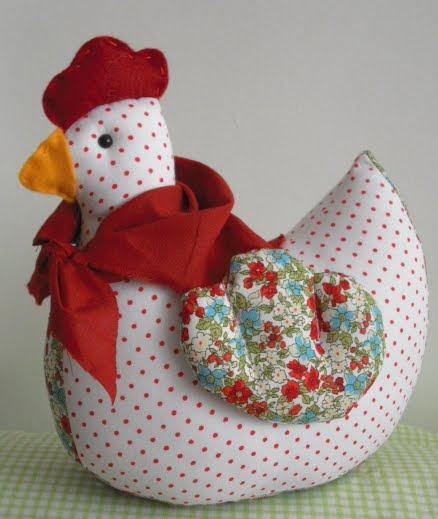 Contas  artesanatos em tecido Peso de porta  galinha com lenço