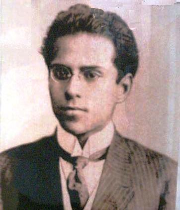 Escritores Ecuatorianos.
