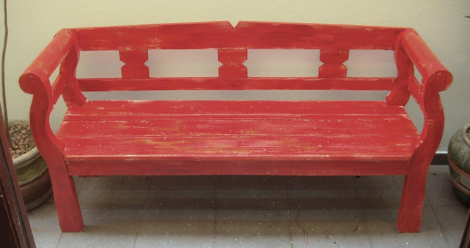 Pátina em banco e trio de mesas de madeira – Antes e depois  #9A3431 1600x844