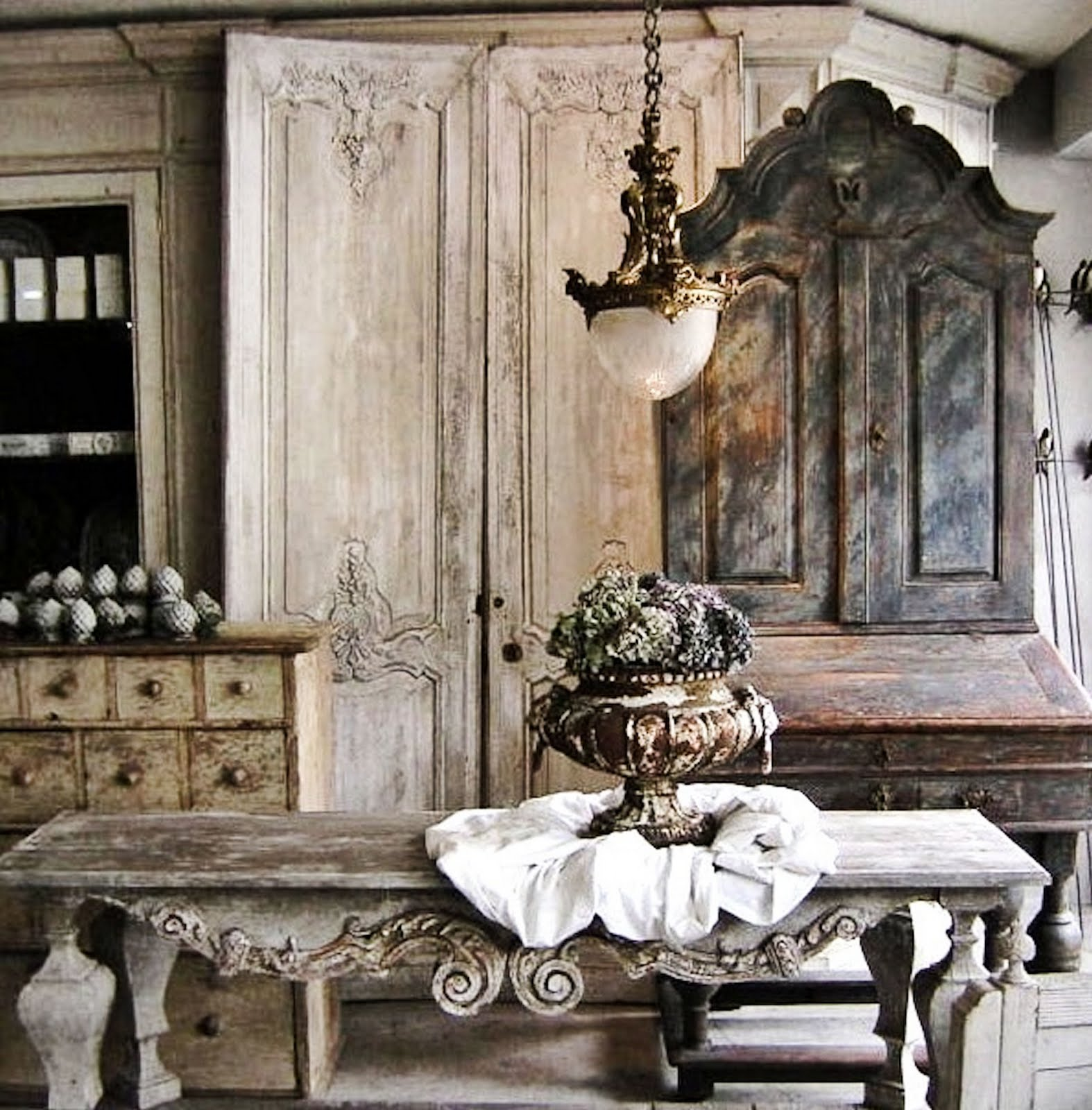 Antique Furniture Interior Design ~ French eclectic interior design kids art decorating ideas