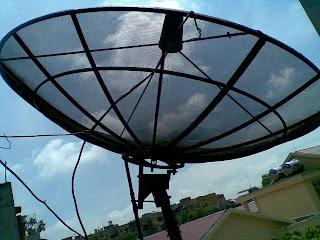 http://3.bp.blogspot.com/_QAw_kezgiuM/S-46XtMs3sI/AAAAAAAAAgk/3mArUPq7Gvs/s1600/setting+parabola+tv+nasional.jpg