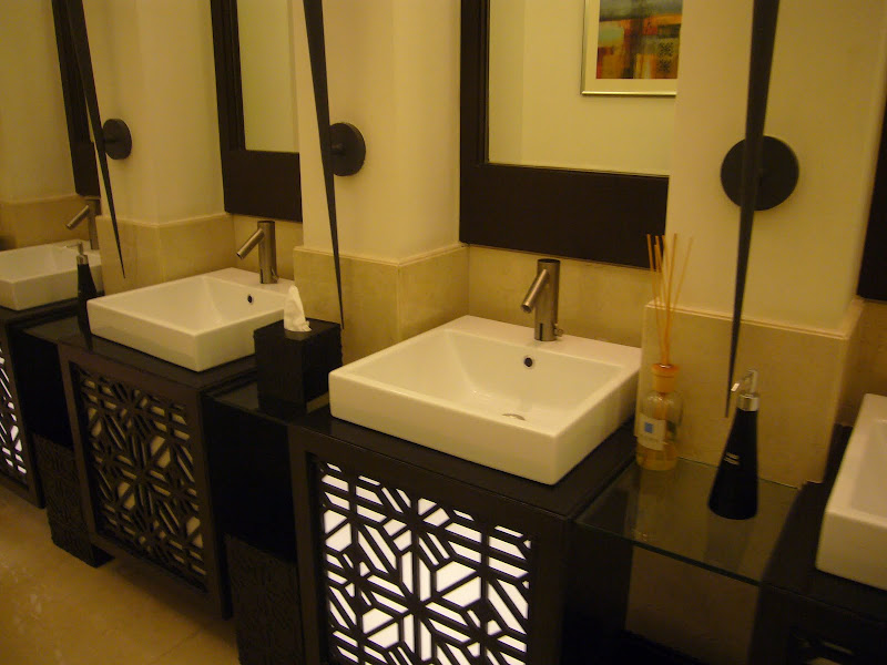 high class, high style at The Address Hotel in Dubai Mall title=