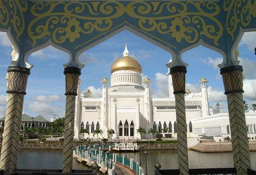 masjid di brunei, 2003