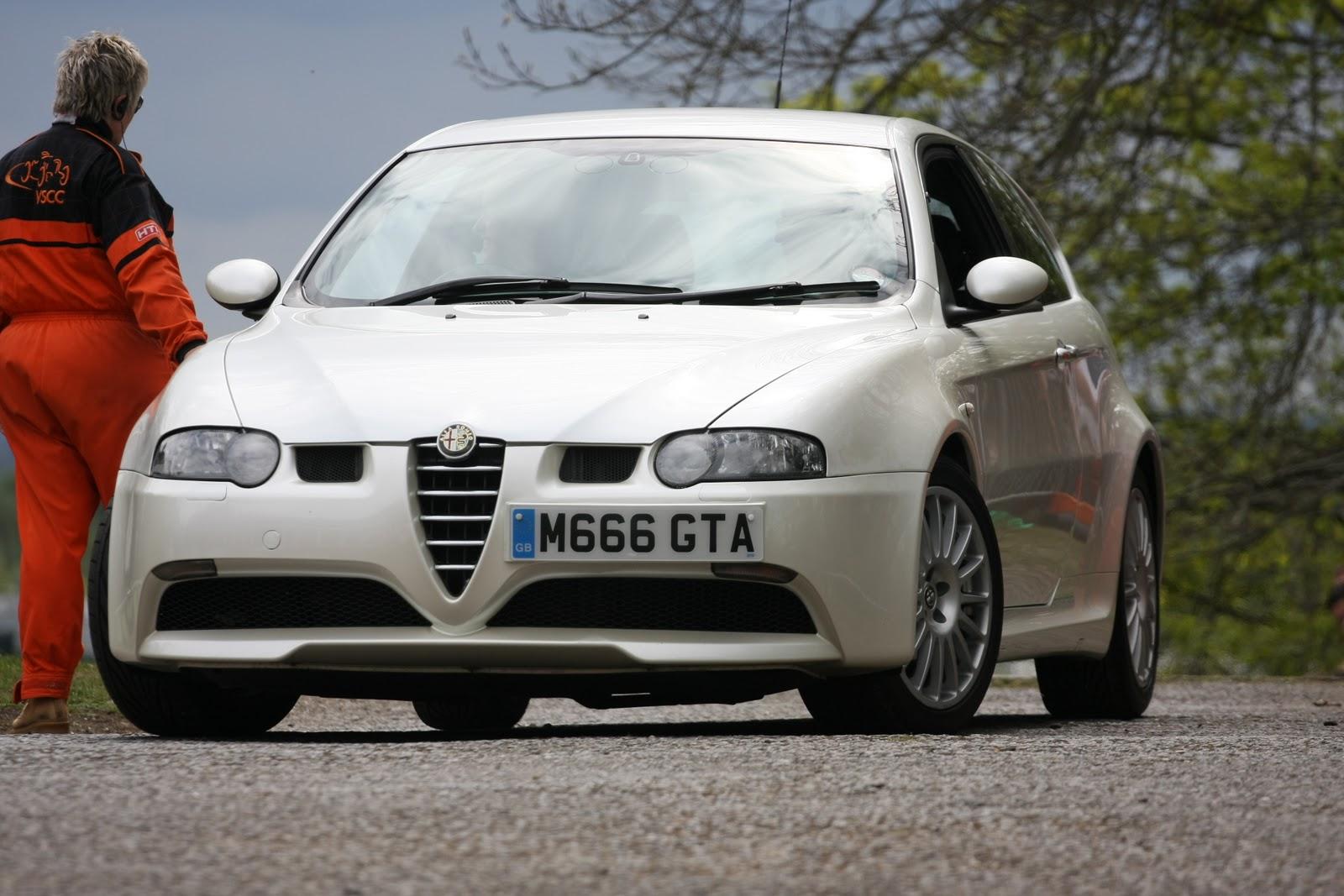 http://3.bp.blogspot.com/_QEKFOK_r_p4/TOPbit_cCtI/AAAAAAAABCM/C9ZnTnqyvXY/s1600/Alfa+Romeo+147+GTA.jpg