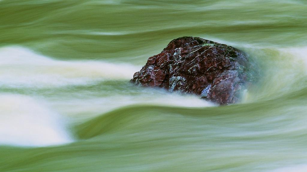 Zen Water Rocks