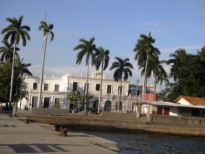 Antigua Aduana en el casco antiguo de la ciudad