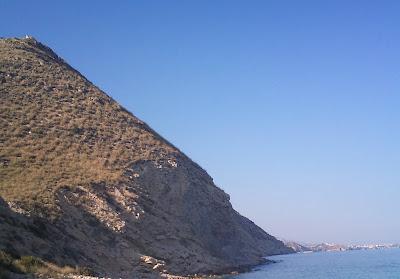 Colina junto al mar