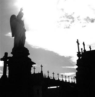 Ángel de Piedra, de Roberto Marquino