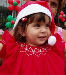 Eu e minhas amigas promovemos o Natal Solidário e o dia da criança solidária