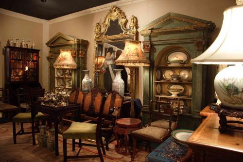 Philadelphia Antiques
