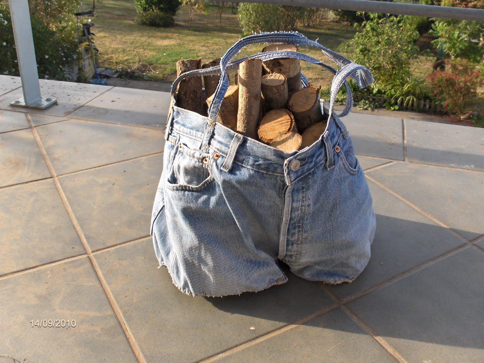Aprendiz cesta para le a hecha con pantal n vaquero - Cestos para lena ...