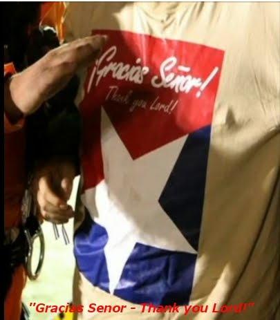 http://3.bp.blogspot.com/_QIxbWIgV1X8/TNEqQeb2xkI/AAAAAAAACg4/LqlWxXUNimY/s1600/Chilean_miner_33_t_shirt_thank_you_lord_psalm_95.jpg