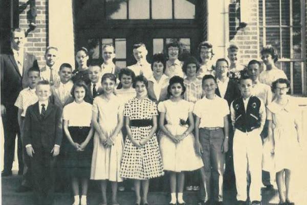 Sixth Grade Class, 1958-59