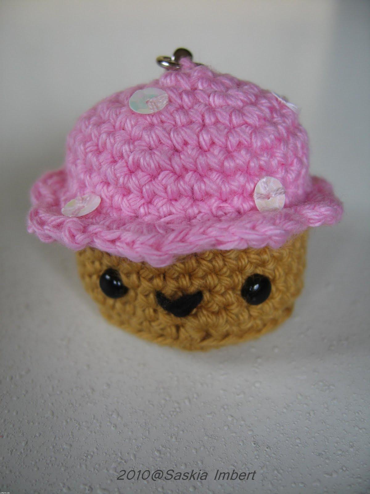 Amigurumi World Download : Amigurumi World: Seriously Cute Crochet: Ana Paula Rimoli