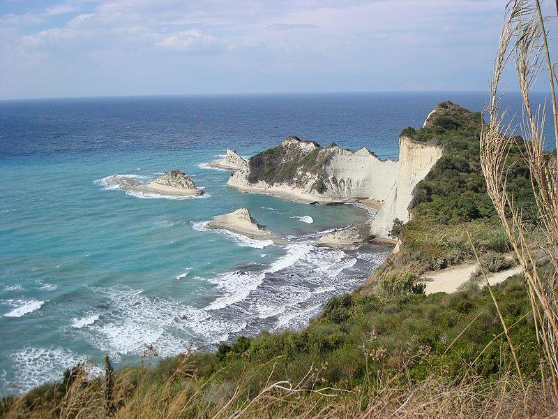http://3.bp.blogspot.com/_QMD3uDrxxgM/TLTbiaVrdPI/AAAAAAAAJlQ/0-UJET13h7Y/s1600/800px-Cape_Fonias,_Corfu_1.JPG