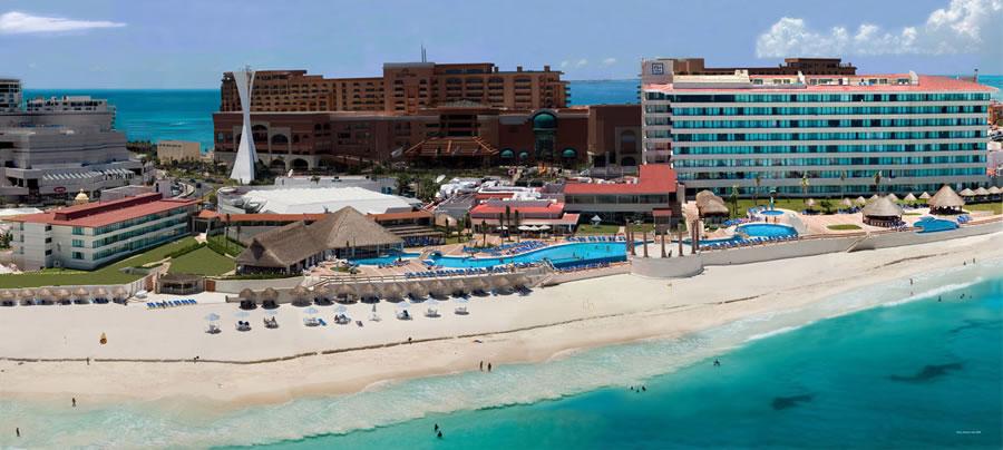 hotel cancun: