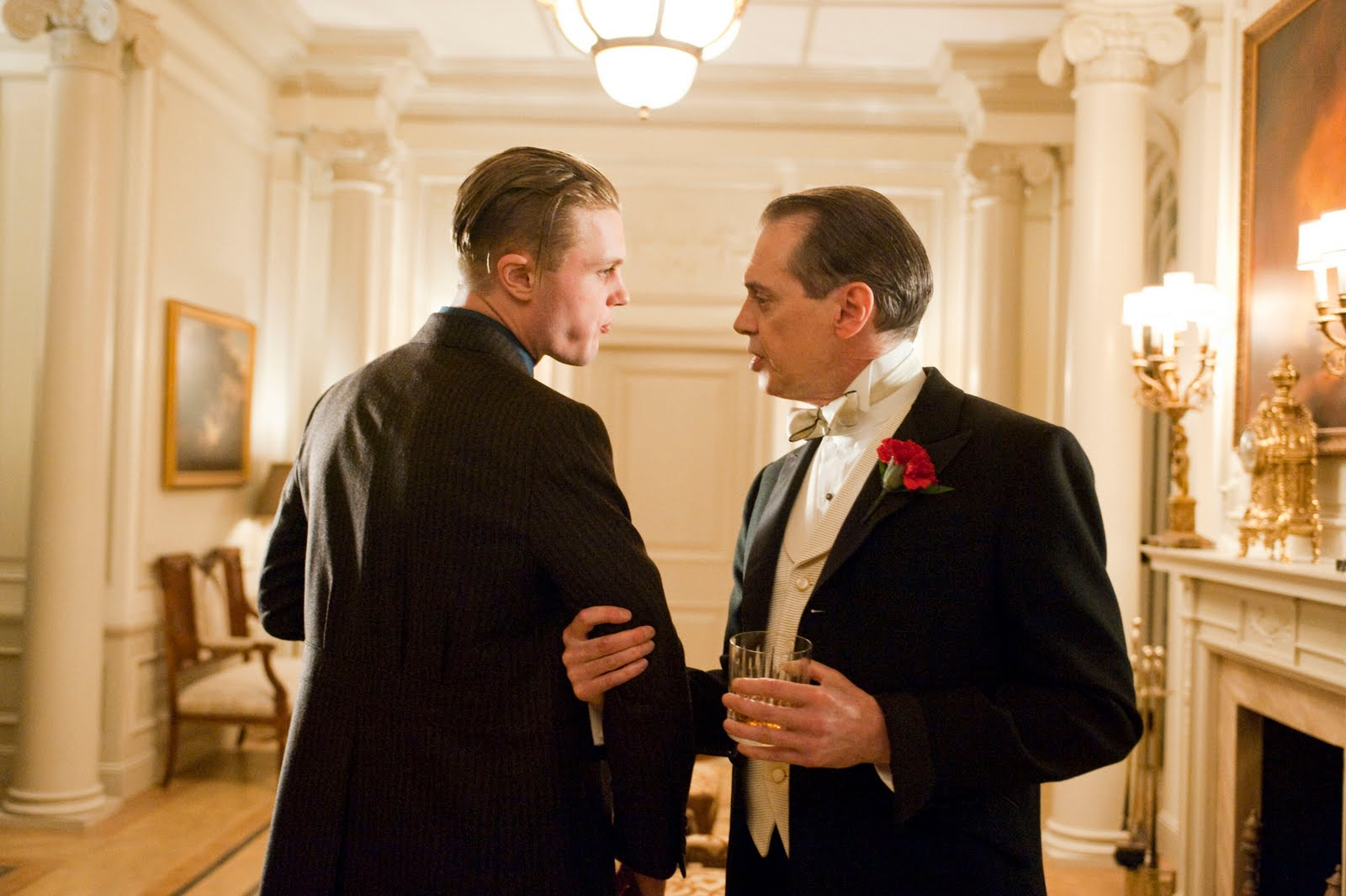 http://3.bp.blogspot.com/_QQqOtW0-rAs/TR1ibgpRGwI/AAAAAAAABcA/NjQknspmuIw/s1600/boardwalk-empire-recap-episode-12-finale-a-return-to-normalcy-jimmy-nucky.jpg