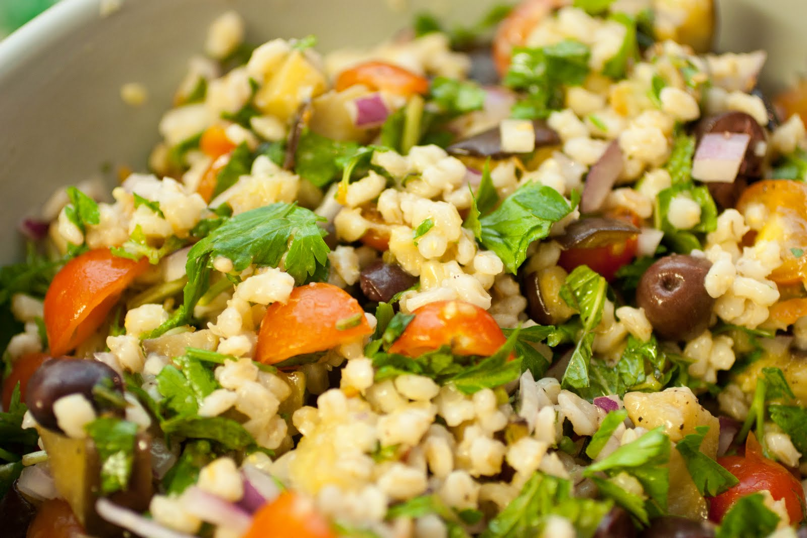 Picture Perfect Passion Phood: Mediterranean Eggplant and Barley Salad