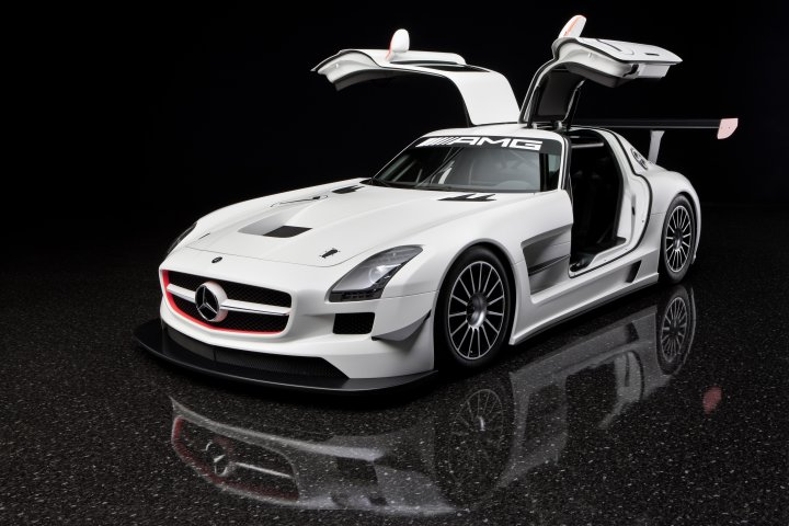 Hendrick Motors Of Charlotte Sls Amg Gt3 Race Car Debuts