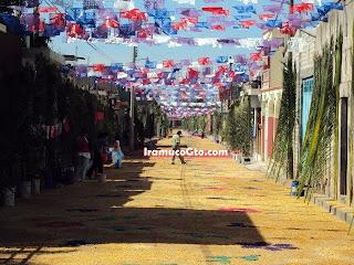 Acerrin de colores calle Iramuco Gto.