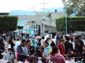 Personas de Iramuco en el dia de San Jeronimo Iramuco, 2009