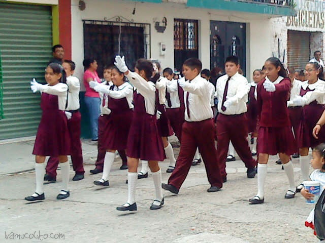 Desfile del 16 de septiembre en Iramuco, Gto