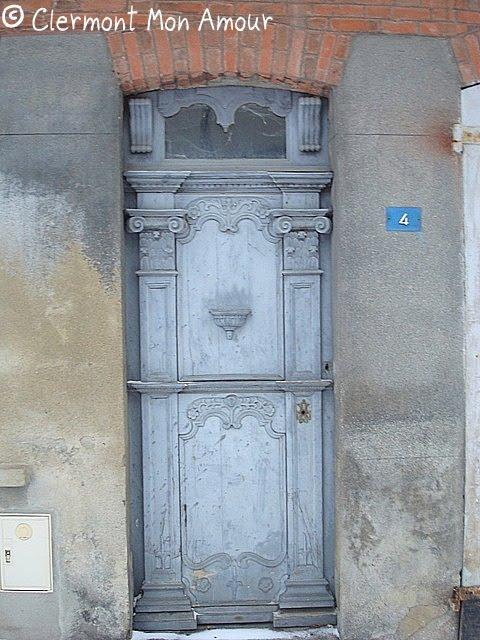 Clermont mon amour enigmatique - Bureau de change clermont ferrand ...